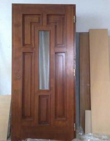 Panelákové dveře vchodové